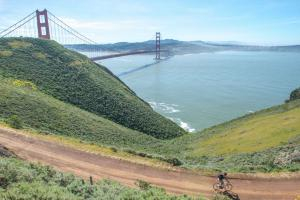 San Francisco Golden Gate bridge with the cyclist